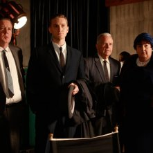 Joel Murray, Aaron Staton, Steve Stapenhorst e Jan Hoag nell'episodio The Benefactor di Mad Men