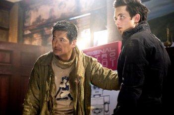 Justin Chatwin e Chow Yun-Fat in una sequenza del film Dragonball