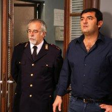 Max Giusti e Roberto Nobile in una scena di Distretto di Polizia 8