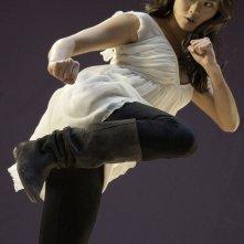 Una grintosa Jamie Chung in un'immagine promozionale del film Dragonball