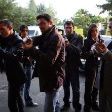 Una scena di gruppo di Distretto di Polizia 8