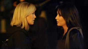 Le due star del vecchio Beverly Hills, Jennie Garth e Shannen Doherty, faccia a faccia in 90210
