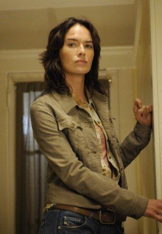 Lena Headey in una scena dell'episodio Automatic for the People di Terminator: The Sarah Connor Chronicles