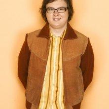 Clark Duke nel ruolo di Dake Kettlewell nella serie tv Greek