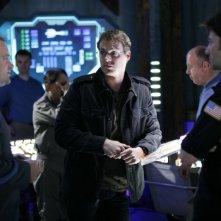 Joe Flanigan, David Hewlett e Michael Shanks nell'episodio 'First Contact' della serie Stargate Atlantis