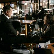 Anthony LaPaglia e Marianne Jean-Baptiste nell'episodio 'Closure' della serie Senza traccia