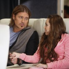 Billy Ray Cyrus e Miley Cyrus in una scena di Hannah Montana