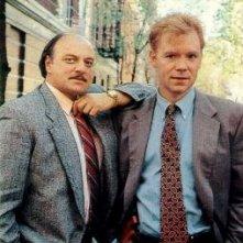 David Caruso e Dennis Franz sul set della prima serie di NYPD Blue