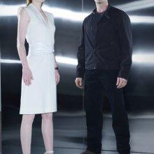 Shirley Manson e Garret Dillahunt in una foto promozionale della seconda stagione di Terminator: The Sarah Connor Chronicles