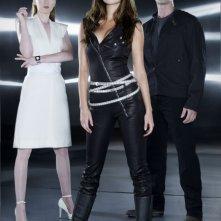 Shirley Manson, Garret Dillahunt e Summer Glau in una foto promozionale della seconda stagione di Terminator: The Sarah Connor Chronicles