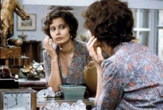 Sophia Loren è Antonietta nel film Una giornata particolare, diretto da Ettore Scola.