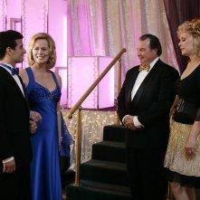 Cybill Shepherd, Mark Ballas, Jean Smart e Kevin Dunn nel primo episodio della seconda stagione di Samantha Chi?