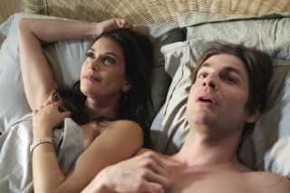 Gale Harold e Teri Hatcher nell'episodio 'You're gonna love tomorrow' della serie Desperate Housewives