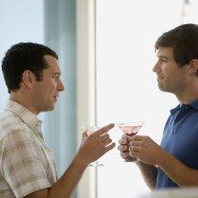 Matthew Rhys e Luke Macfarlane nell'episodio 'Glass Houses' della serie Brothers & Sisters