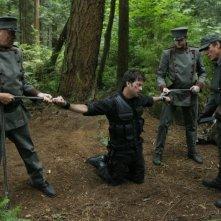 Robert Davi insieme a Joe Flanigan nell'episodio 'Remnants' della serie televisiva Stargate Atlantis