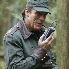 Robert Davi nel ruolo del Comandante Acastus Kolya nell'episodio 'Remnants' della serie tv Stargate Atlantis