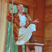 Gerardo Scala in palcoscenico, protagonista nel Miles gloriosus di Plauto