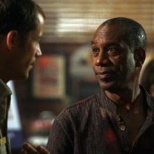 Joe Morton interpreta Henry Deacon nella serie tv Eureka, episodio: 'Here come the suns' della serie Eureka