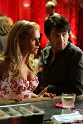 Anna Paquin e Stephen Moyer in una scena dell'episodio dell'episodio Escape from Dragon House della serie tv True Blood