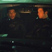 Bret Harrison e Rick Gonzalez nell'episodio Colpi di fulmine della serie Reaper