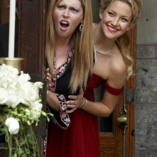Diora Baird e Kate Hudson in una scena del film My Best Friend's Girl
