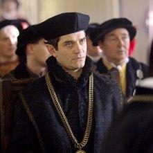 James Frain nel ruolo di Thomas Cromwell nella seconda stagione della serie I Tudors