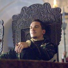Jonathan Rhys Meyers nel ruolo di Enrico VIII nella seconda stagione della serie televisiva I Tudors - Scandali a corte