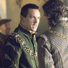 Jonathan Rhys Meyers nel ruolo di Enrico VIII nella serie televisiva I Tudors - Scandali a corte