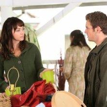 Melinda Clarke e Bret Harrison nell'episodio Cenere sei e... di Reaper