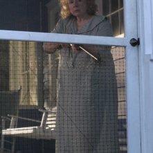 Piper Laurie in una scena del film Hounddog