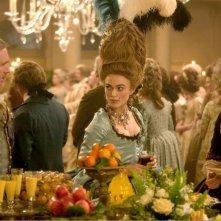 Ralph Fiennes, Keira Knightley e Hayley Atwell in una scena del film La duchessa