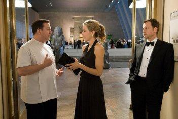 Ricky Gervais, Téa Leoni e Greg Kinnear in una sequenza del film Ghost Town