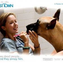 Un wallpaper del film Ghost Town con Téa Leoni