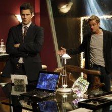 Carmine Giovinazzo insieme a Eddie Cahill nell'episodio 'Turbulence' della serie CSI NY