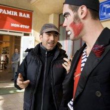 Il regista Marco Pontecorvo e l'attore Jalil Lespert sul set del film Pa-ra-da