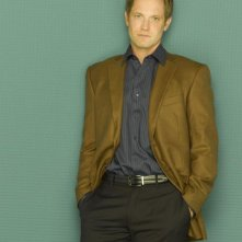 Matt Letscher in una foto promozionale per la seconda stagione di Eli Stone