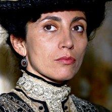 Antonella Stefanucci in una sequenza di 'Giuseppe Moscati', nel quale ha recitato accanto a Beppe Fiorello