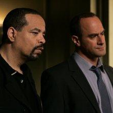 Ice-T e Christopher Meloni nell'episodio 'Trials' della decima stagione di Law & Order: SVU