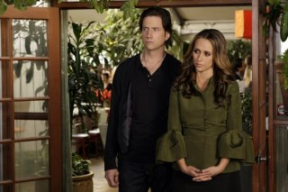 Jennifer Love Hewitt insieme a Jamie Kennedy nell'episodio 'Big Chills' della quarta stagione di Ghost Whisperer