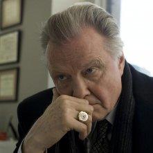 Jon Voight in un'immagine del film Pride and Glory