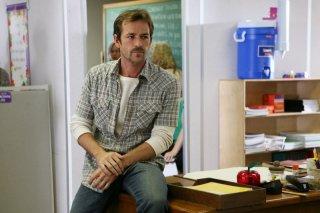 Luke Perry in una scena dell'episodio 'Minimal Loss' della serie tv Criminal Minds