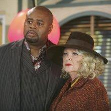Debra Mooney insieme a Chi McBride nell'episodio 'Frescorts' della serie Pushing Daisies