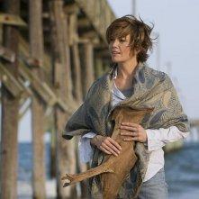 Diane Lane in un'immagine del film Nights in Rodanthe tratto da un romanzo di Nicholas Sparks