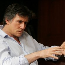Gabriel Byrne in una scena della serie TV In Treatment