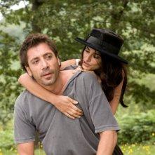 Javier Bardem e Penelope Cruz in una scena del film Vicky Cristina Barcelona