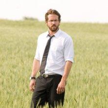 Ryan Reynolds in una scena di Un segreto tra di noi - Fireflies in the Garden