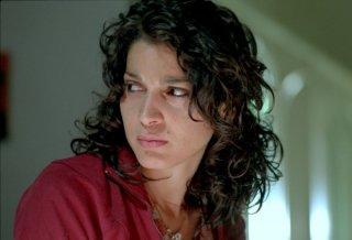 Un primo piano di Donatella Finocchiaro, protagonista del film I galantuomini