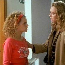 Pamela Saino e Barbara De Rossi in una scena della miniserie Amiche