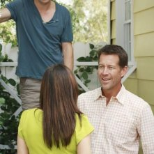 Gale Harold e James Denton in un momento dell'episodio 'Kids Ain't Like Everybody Else' della serie Desperate Housewives
