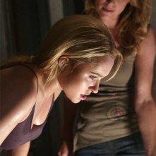 Hayden Panettiere e Jessalyn Gilsig in una scena dell'episodio One of Us, One of Them di Heroes